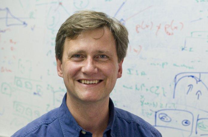 Photo of  Prof. Klaus-Robert Müller