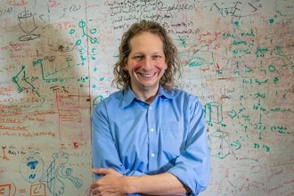 Photo of Prof. Joshua Tenenbaum