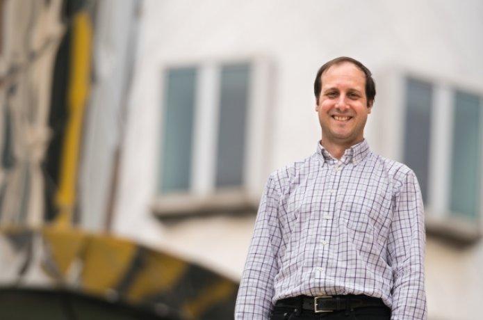 Photo of Prof. Antonio Torralba  Antonio Torralba